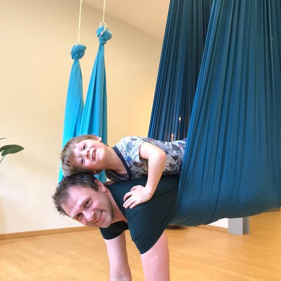 combideal Super Fly Play Hammock en Aerial Yoga Doek